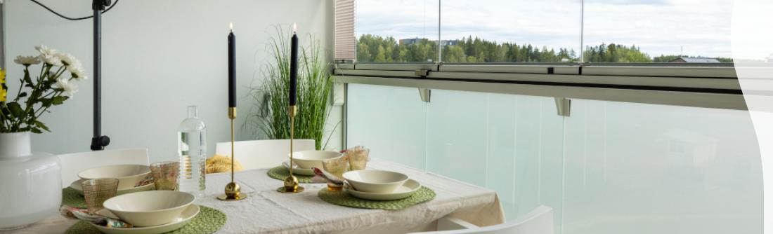 Lumon-lasitettu-parveke-vihreä-kattaus