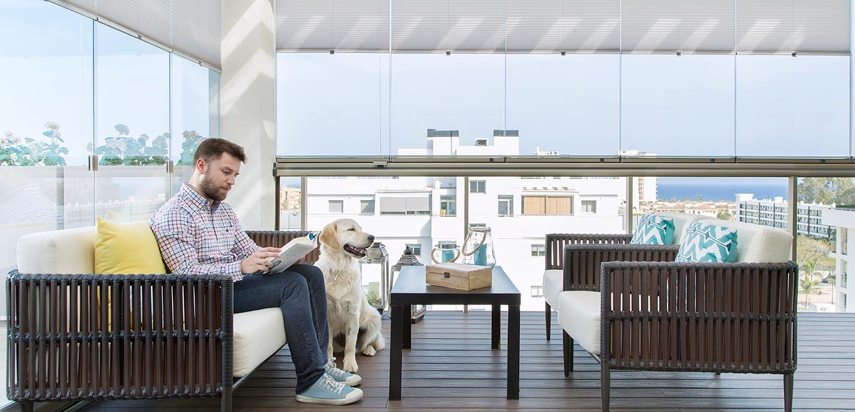 terraza-decorada-cortinas-solares-lumon